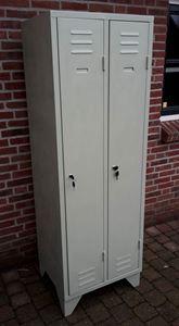 Afbeelding van 2 deurs locker in kleur u wenst